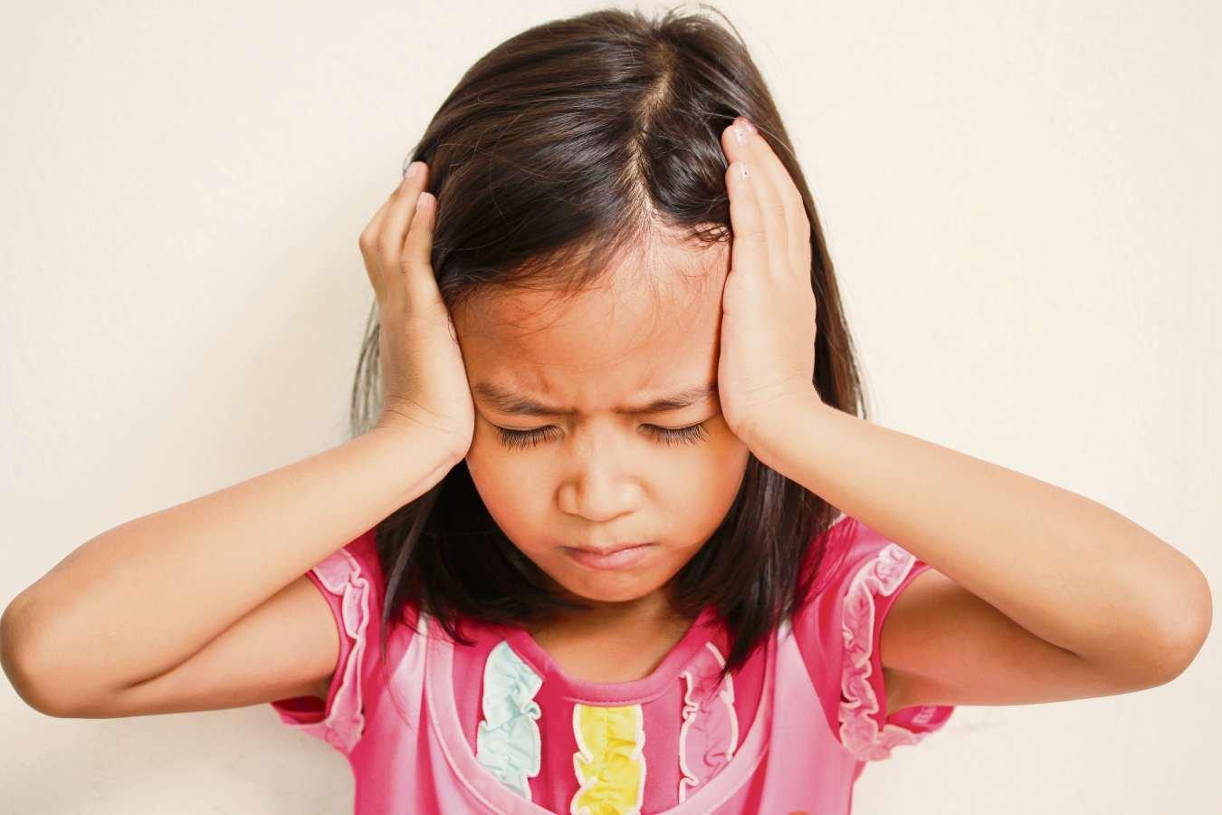 As crianças percebem e sofrem quando presenciam brigas dos pais. É essencial tentar tornar esse processo o menos traumático possível para eles.